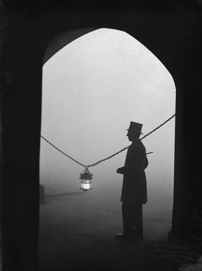 Lincoln's Inn Fields, 24 January 1934