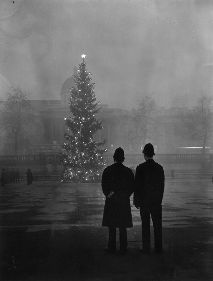 National Gallery, Trafalgar Square, 1 December 1948