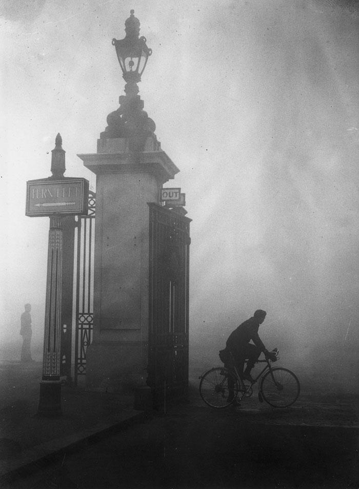 Hyde Park Corner, 25 October 1938