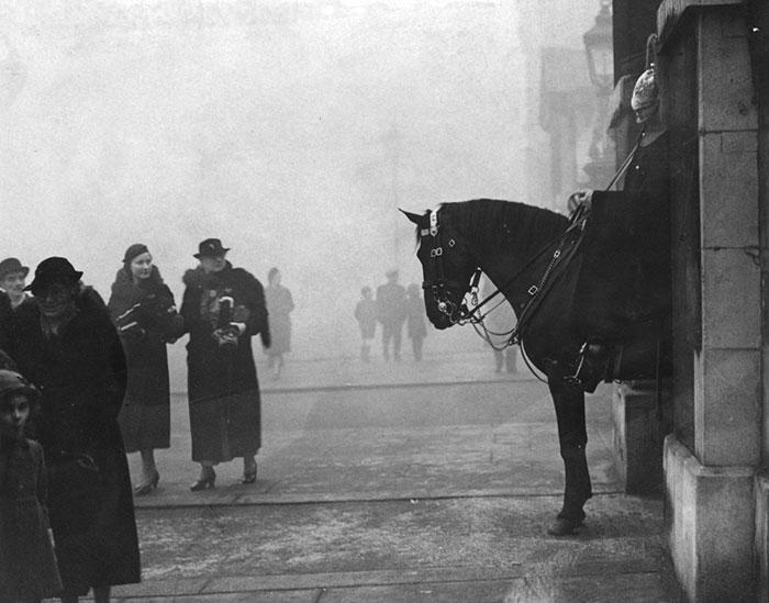 Whitehall, 25 December 1937