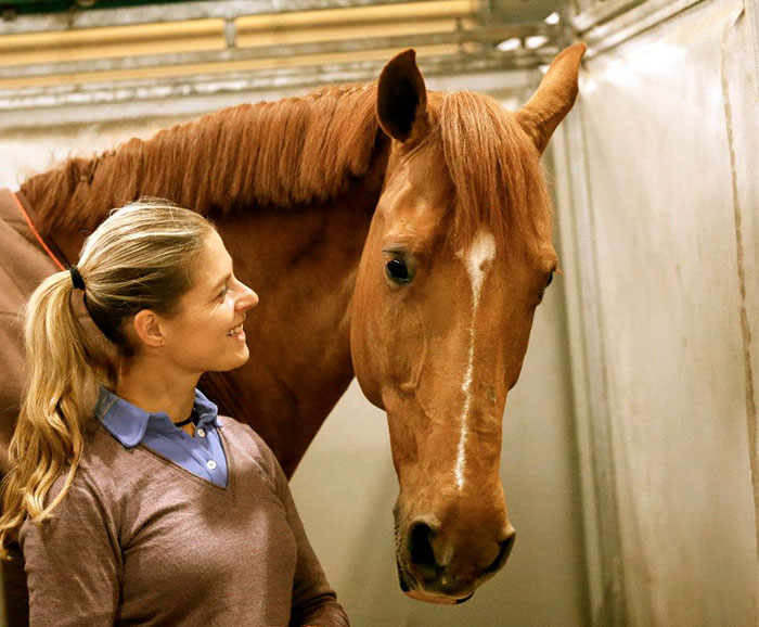 Athlete Drops Out Of The Olympic Games Because Saving Her Horse Is More Important