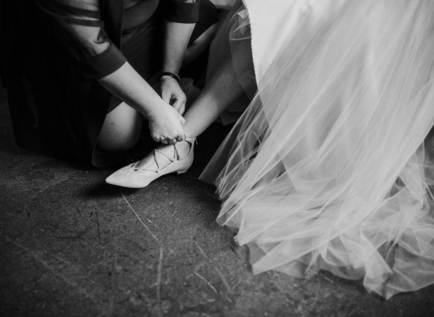 paralyzed-bride-walks-at-wedding-jaquie-goncher-27