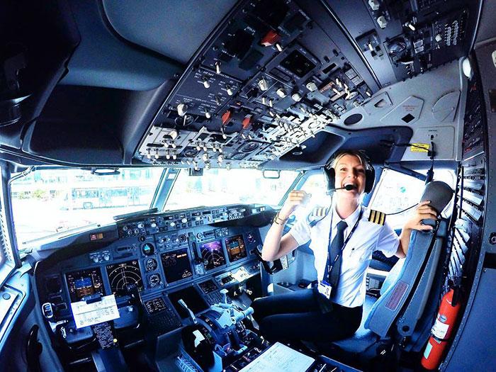 Эротика она пилот фото 299-987