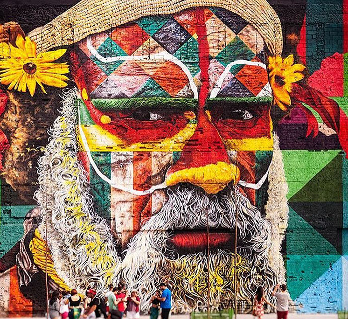 brazilian graffiti artist creates world�s largest street