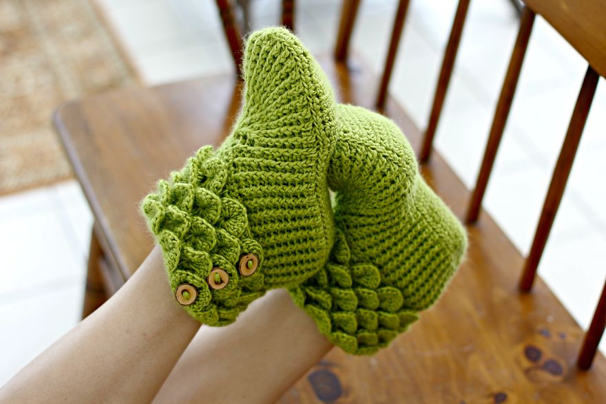 Dragon Slippers With Crochet Scales To Keep Your Toes Warm Because ...
