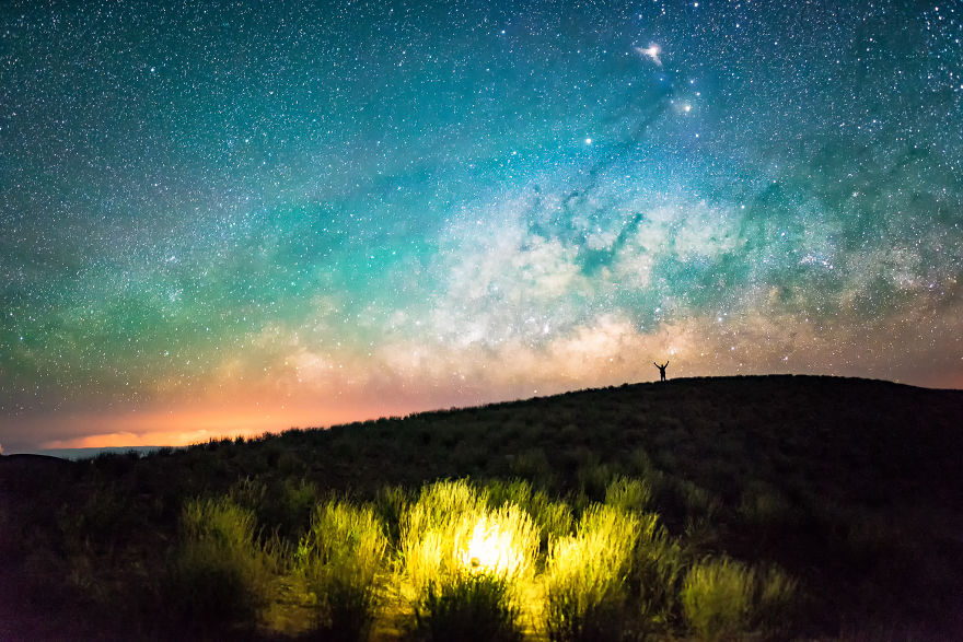 I Spent The Summer Photographing The Milky Way Galaxy In Hawaii