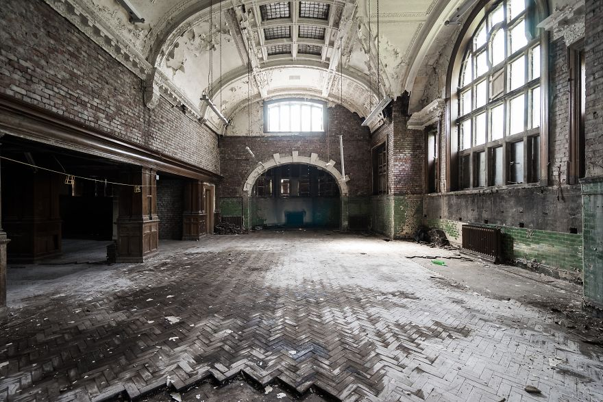 An Abandoned Britain
