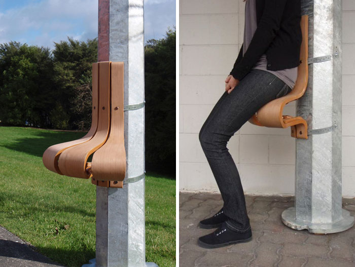 The Wanderest - A Seat That Attaches To Existing Circular Or Octagonal Lamp Posts