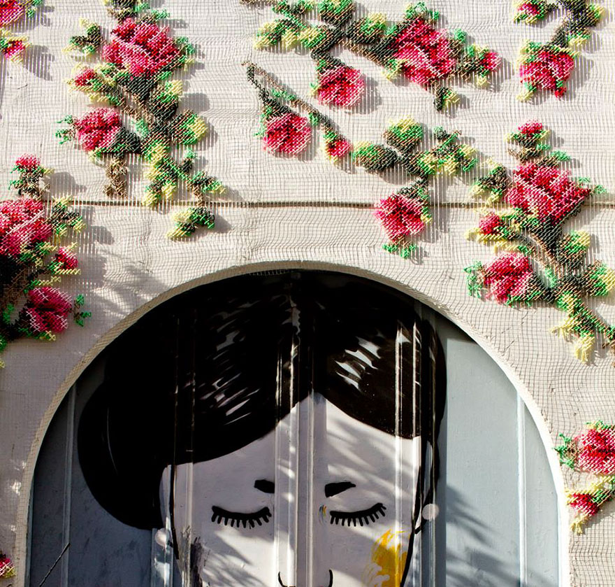 floral-cross-stitch-street-installations-raquel-rodrigo -10