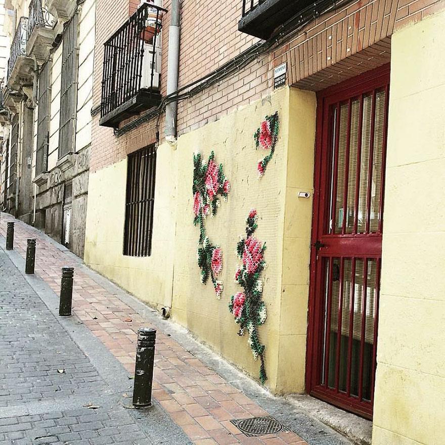 floral-cross-stitch-street-installations-raquel-rodrigo -8
