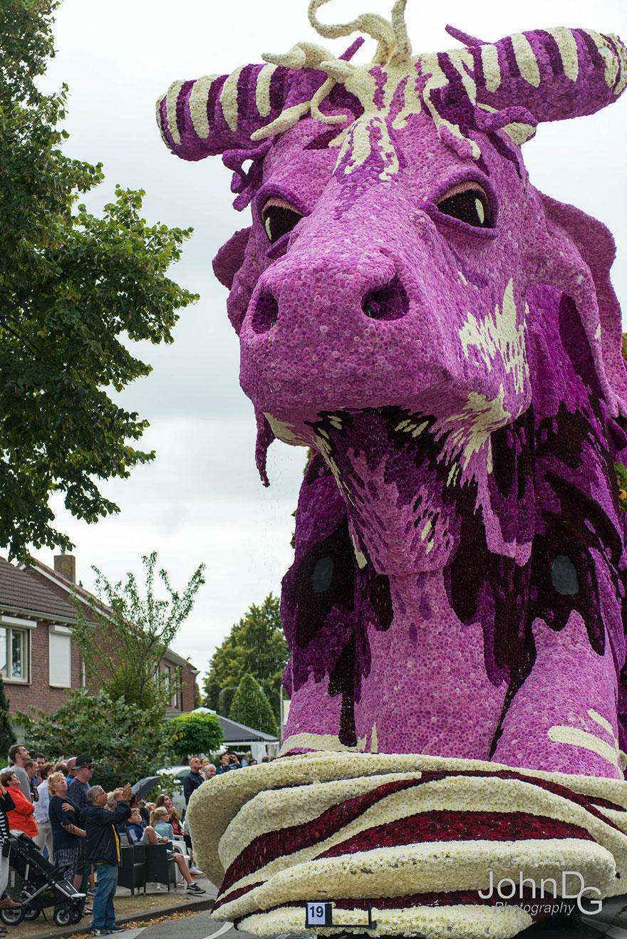 flower-sculpture-parade-corso-zundert-2016-netherlands-11