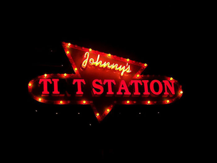 Johnny's Tint Station