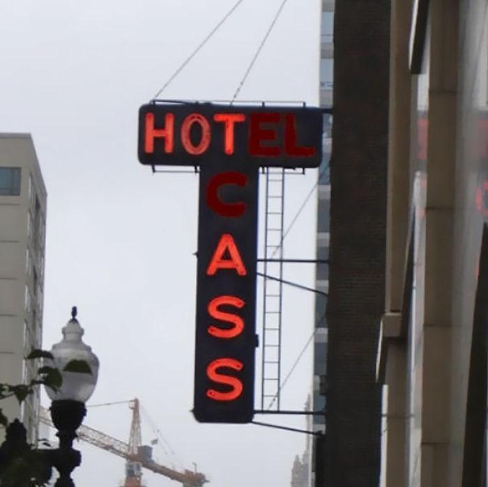 Hotel Cass