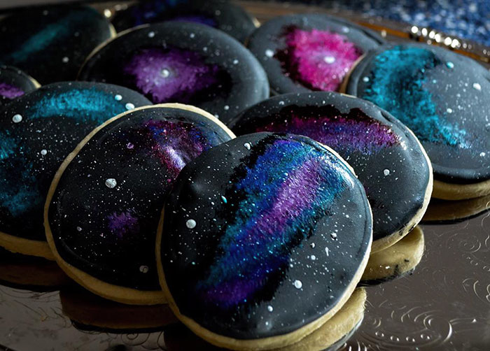 I Was Asked To Make A Galaxy Themed Cake And Cupcakes For A Wedding Bored Panda