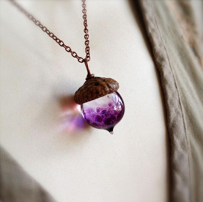 glass-acorn-jewelry-necklaces-earrings-bullseyebeads-19