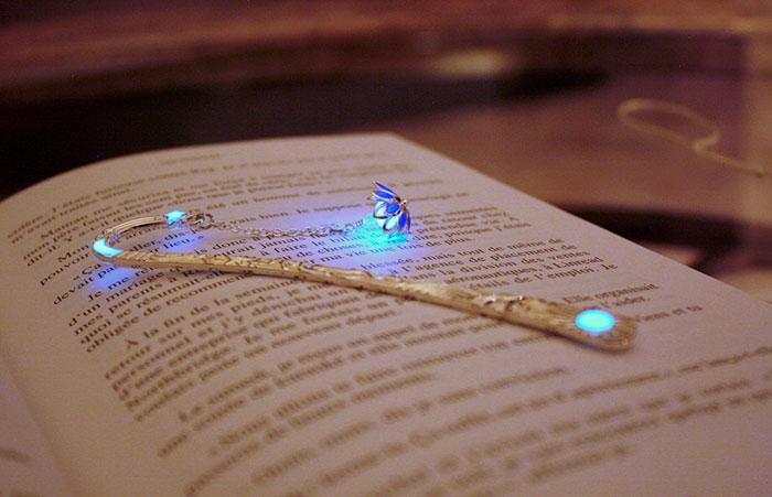 glow-in-the-dark-bookmarks-manon-richard-28