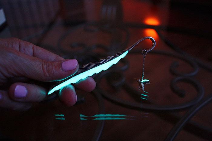 glow-in-the-dark-bookmarks-manon-richard-36