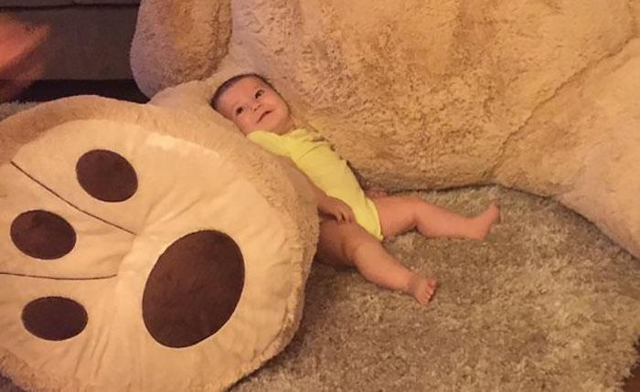 grandfather-baby-gift-giant-teddy-bear-madeline-jane-sabrina-gonzalez-9