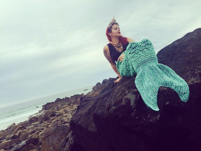 I Crochet Blankets That Make Your Mermaid Dreams Come True