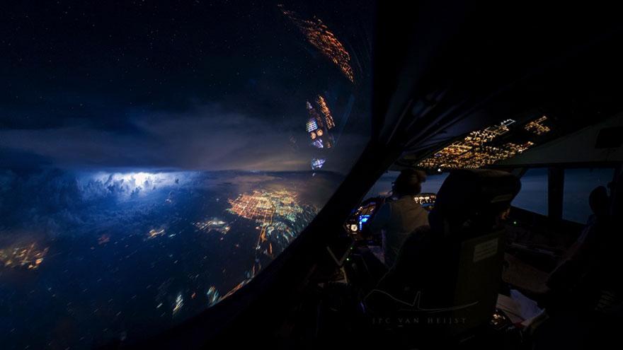 Робота мрії: подорожувати по світу і насолоджуватися видом з вікна - 15