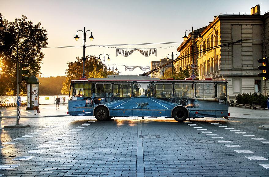 vanishing trolleybus vilnius street art festival liudas parulskis 7 57c81cb2c4d1d 880