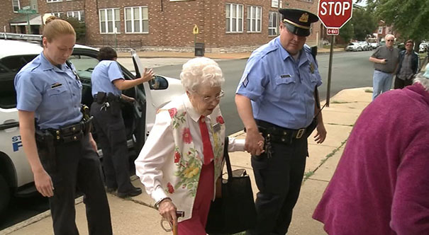 102-year-old-woman-arrested-bucket-list-edie-simms-8a