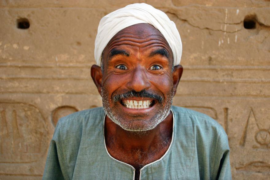 Un hombre en Asuán, Egipto