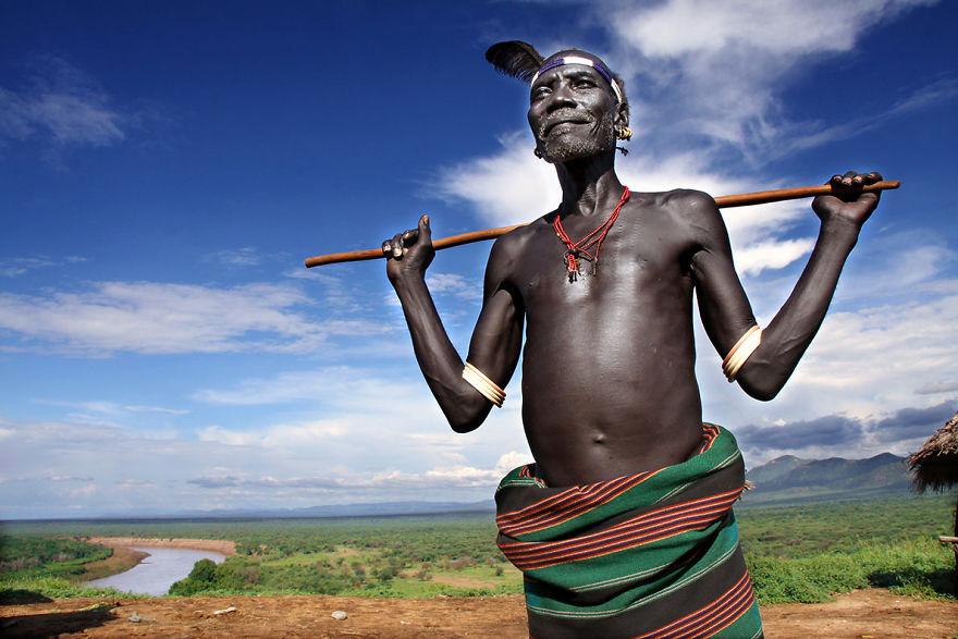 Abate, Tribu Karo principal en la Korcho pueblo, Etiopía