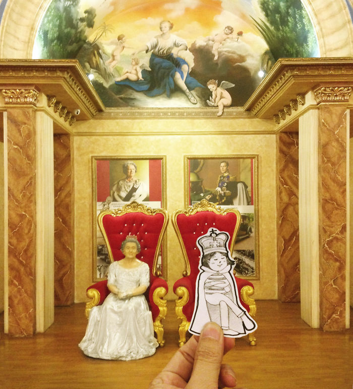 Neng Was Feeling Competitive When She Saw An Empty Throne Beside The Queen's.