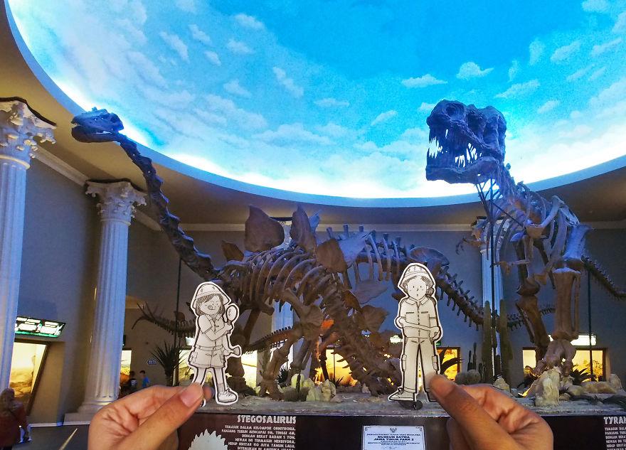 Esto es lo que sucedió cuando Abang y Neng trabajó como paleontólogo, buscando fósil prehistórico