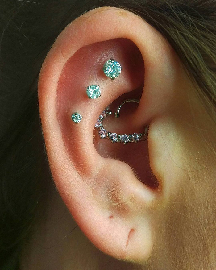 People Are Piercing Constellations And This New Trend Is Out Of This