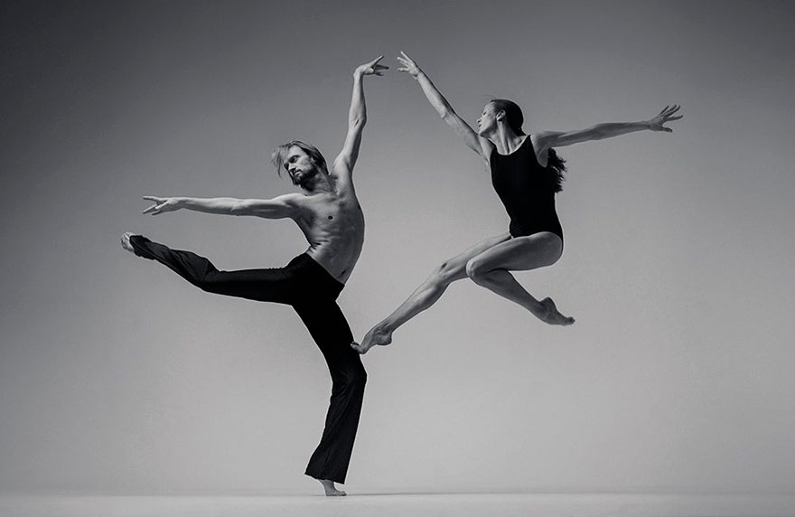 Ukrainian Photographer Captures Powerful Photos Of Dancers In
