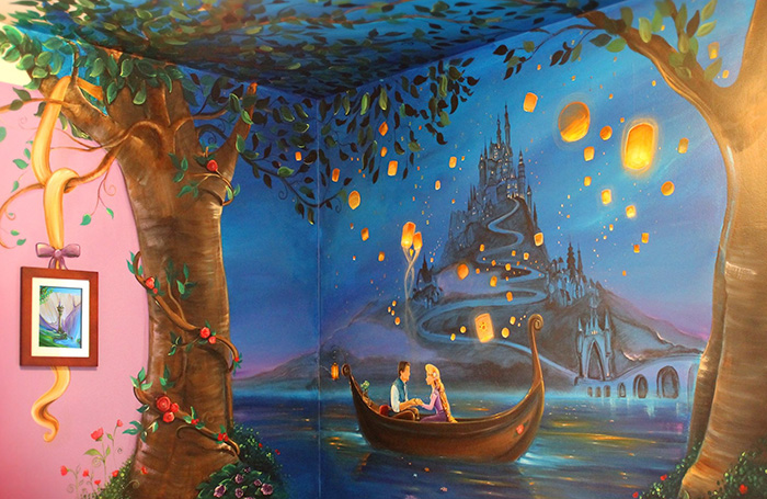 I Painted A Disney 'Tangled' Mural In My Daughter's Room