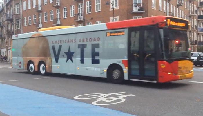 donald-trump-bus-americans-abroad–vote-copenhagen-1