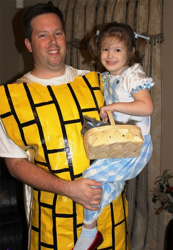 Dorothy And The Yellow Brick Road From The Wizard Of Oz Costume