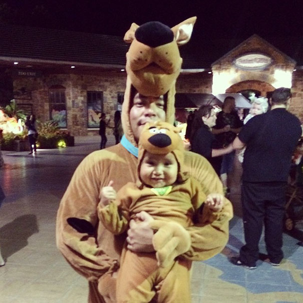 Scooby And Scrappy Doo Trick Or Treating