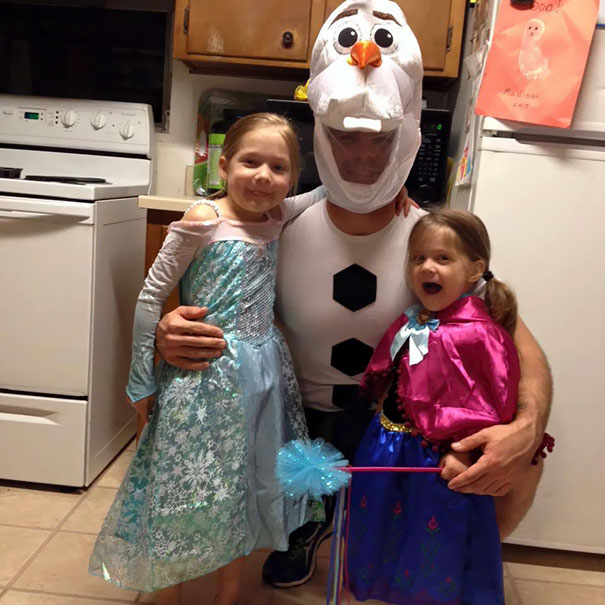 Elsa, Anna And Olaf From Frozen