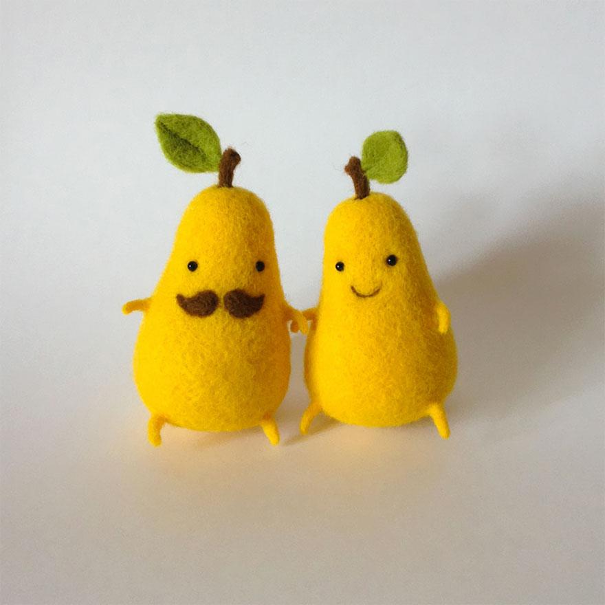felt-wool-sculpture-egg-love-hanna-dovgan-2