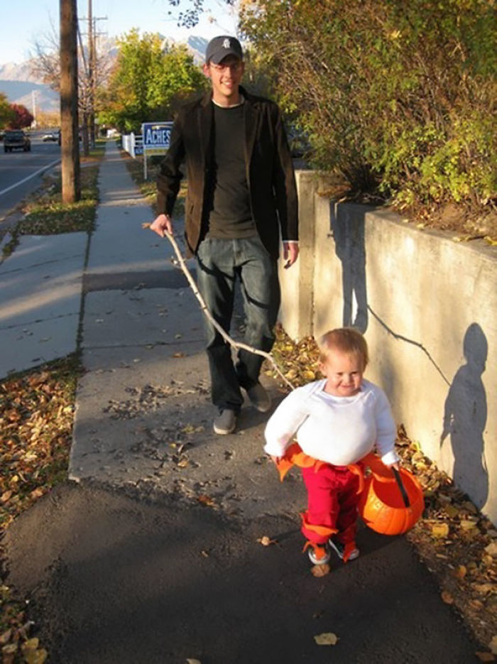 20 of the best parent child halloween costume ideas ever veriy parent child halloween costume