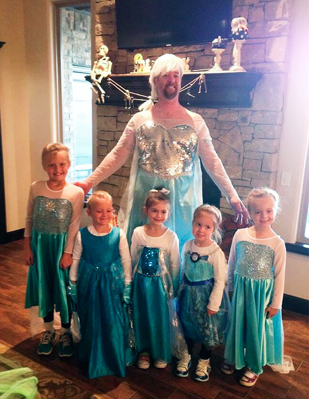 Everyone Dressed Up As Elsa From Frozen