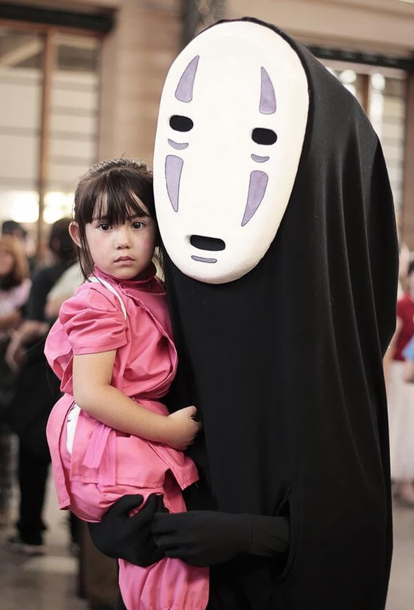 2 chihiro and no face from spirited away costume - Halloween Costime Ideas