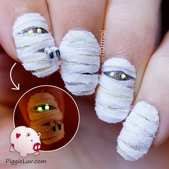 Creepy halloween nail art ideas by piggieluv bored panda halloween nail art prinsesfo Choice Image