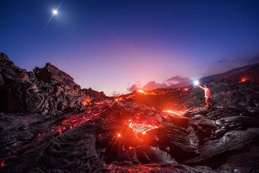 lava-milky-way-meteor-moon-mike-mezeul-II-hawaii-1