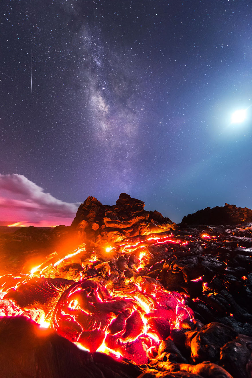 lava-milky-way-meteor-moon-mike-mezeul-II-hawaii-2