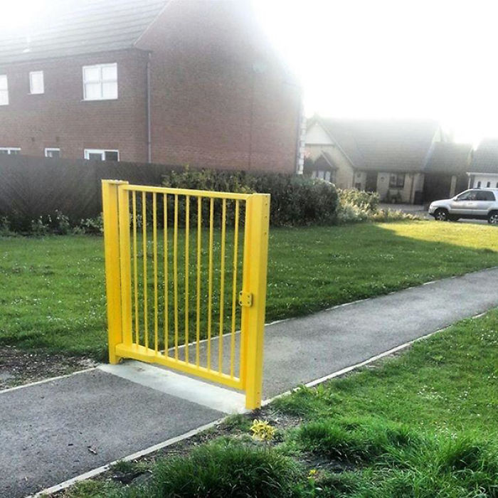 I Found A Pointless Gate