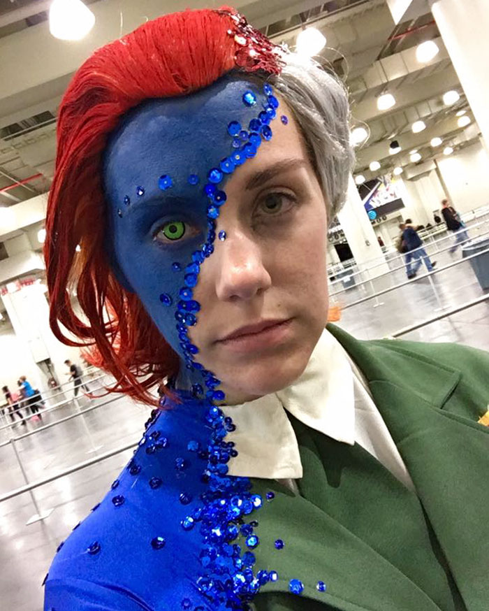 mystique-cosplay-rebecca-lindsay-comic-con-new-york-7
