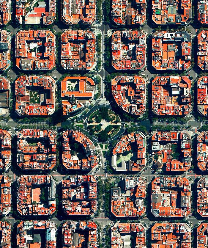 Plaça De Tetuan, Eixample District, Barcelona, Spain
