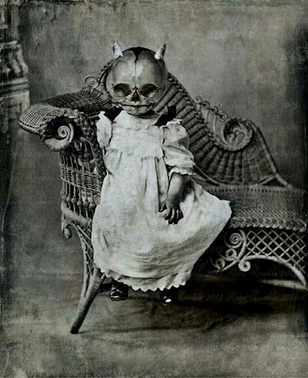 20+ Vintage Halloween Costumes That Will Scare You To Death ...