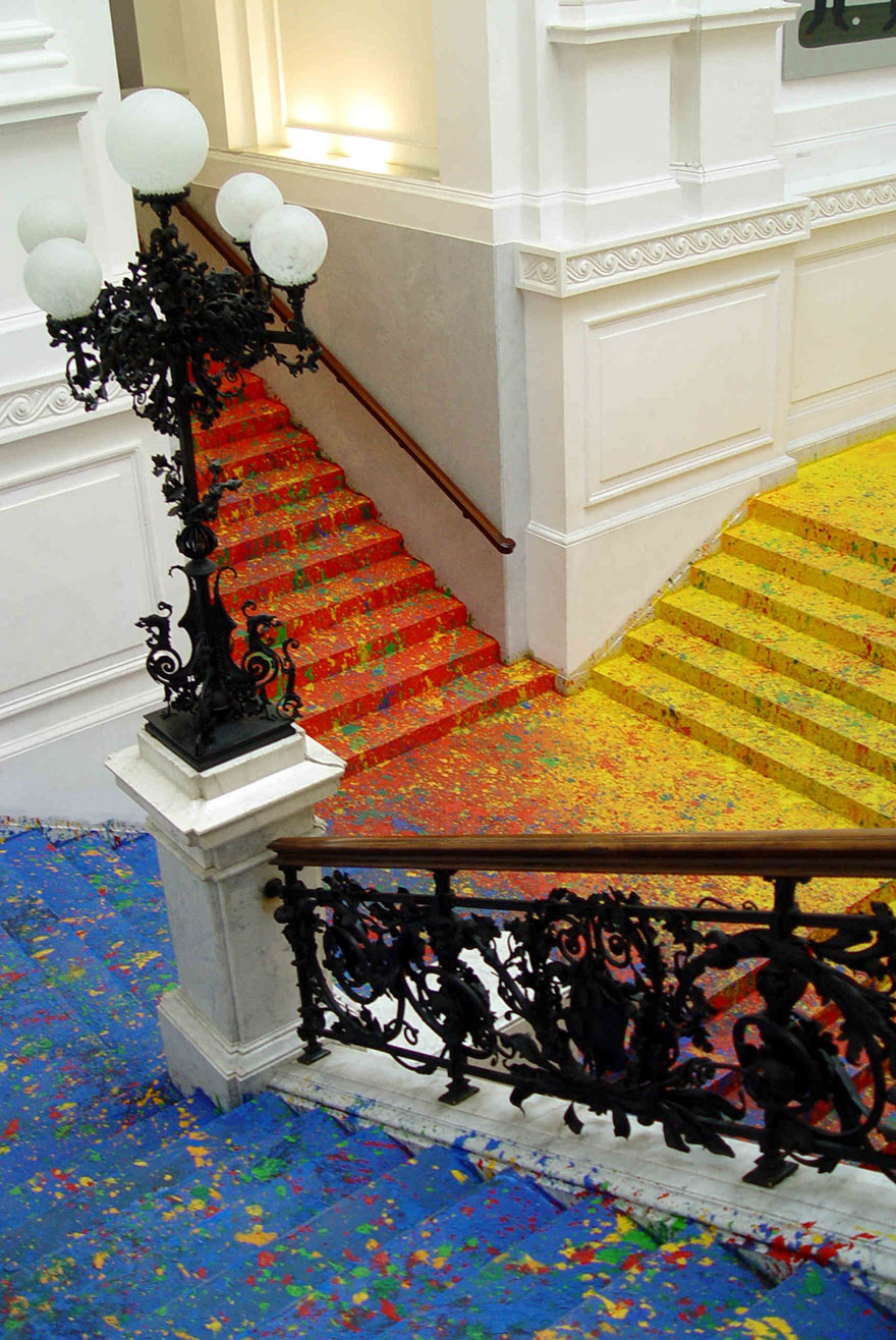 staircase-paint-zacheta-art-gallery-leon-tarasewicz-poland-5