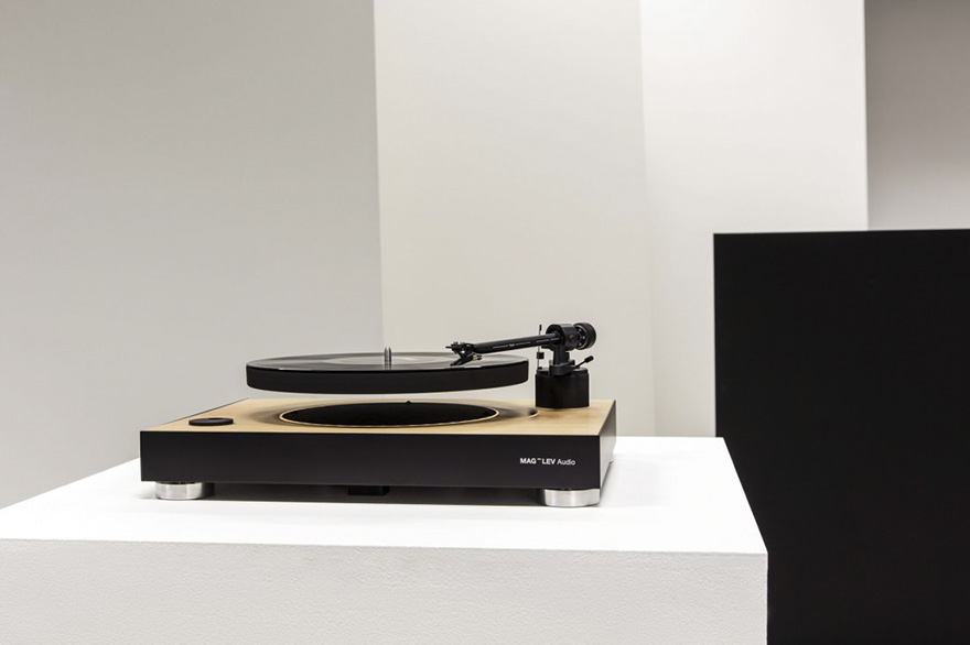 worlds-first-levitating-turntable-mag-lev-audio-2